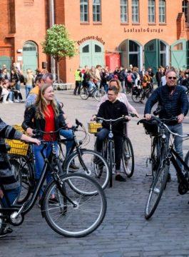 Fietstochten Berlijn Berlin on Bike 3 767x511 - Als Groep Op Reis