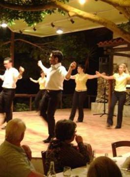 Petit Cretan Night Afbeelding 56 - Als Groep Op Reis