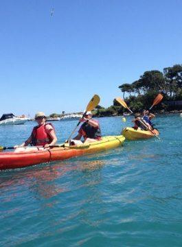 Jkuan les pins kayak - Als Groep Op Reis